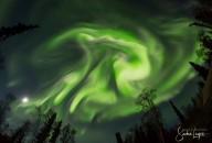 'HAVERÁ TAMBÉM COISAS ESPANTOSAS, E GRANDES SINAIS DO CÉU' (Lc 21, 11)  Espetáculo inesperado de aurora boreal em Fairbanks (Alaska)