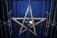 Moloque, o demônio do sacrifício infantil - Duas crianças foram esquartejadas em ritual ao demônio Moloque, no Brasil