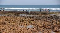 Mar recua 100 metros em praia da Índia