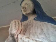 Estátua da Virgem de Pando chora sangue, na Bolívia
