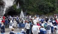 Bispo declara recuperação de freira como 70º milagre de Lourdes