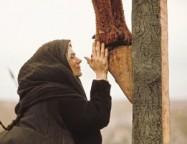 MÍSTICA - Comigo aos pés da Cruz (Nossa Senhora ao Padre Stefano Gobbi (Itália), na Sexta-feira Santa de 08-04-1977)