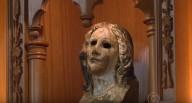 Milagre - Cabeça da estátua de madeira da Virgem Maria sobrevive ao fogo da bomba atômica