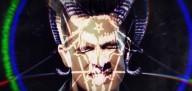 'LA Devotee', música da banda Panic! At The Disco, celebra claramente o sistema satânico de controle da mente de Hollywood