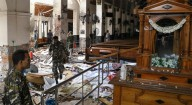 Mais perto de assassinos islamistas do que de suas centenas de vítimas cristãs: Antipapa não condena terroristas do Sri Lanka
