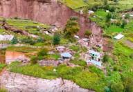 Lutto Kututo, Peru: Cidade desaparece durante a noite em enormes rachaduras na Terra