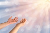 Seja influenciado pelo Espírito de Deus, não pelo espírito do mundo