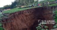Cratera gigante engole campo de arroz após forte estrondo na Indonésia