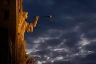 """15 de Julho de 2021 – Meus filhos consagrados, sacerdotes e bispos, abrais os Sacrários e digais a todos: """"O dia da Justiça chegou! Rendei a honra e a glória Àquele que merece o louvor!"""""""