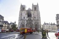 Catedrais francesas em chamas: 'A fase final da descristianização'?